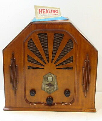 AMAZING 1930's Vintage Art Deco HEALING MODEL 22 Timber Radio W/Bakelite Knobs