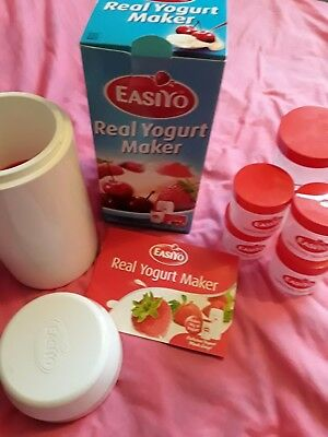 Easiyo  yougart  maker, boxed with booklet and 4 lunch taker sized jars