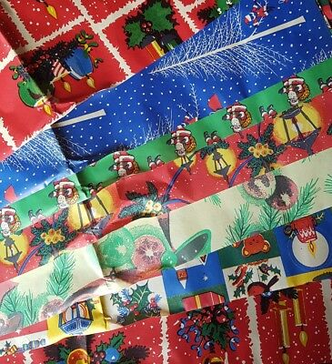 Vintage Christmas Wrapping Paper 1970-80 - 10 sheets per pack - size 64 × 50 cm
