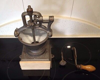 MOLINO DE CAFÉ FIRMA FRANCESA JAPY FRERES & CIE MODEL 0. Antique Coffee Grinder