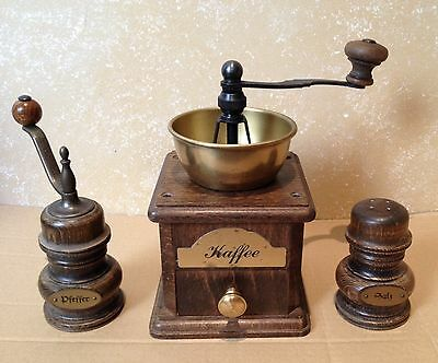 Molino de Cafe Pimienta y Salero. Set firma ZASSENHAUS  Antique Coffee Grinder