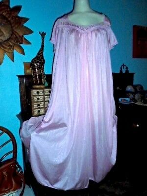 ONLY NECESSITTES *PINK* WIDE SWEEP SHEER SOFT NYLON NIGHTGOWN LACE large NOS