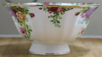 "Royal Albert  LARGE Bowl - ""Old Country Roses"" - Sellimg out at a bargain price."