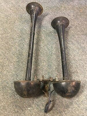 Antique Vintage Car Truck Trumpet Horns Siren Alarm Double