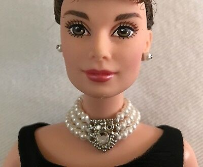 AUDREY HEPBURN in BREAKFAST at TIFFANY'S 1998 Barbie Doll in Givenchy Black Gown