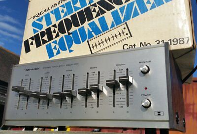 Realistic Graphic Equaliser  1970s 31-1987 Equalizer Silver hifi separate