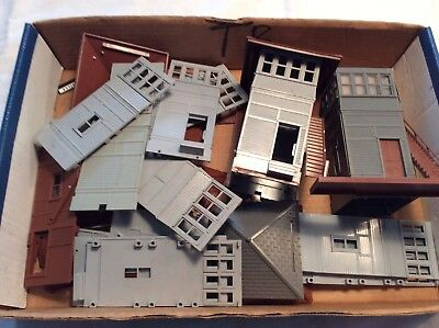 C-6 Lot of 35 +  misc. Vintage Plasticville Parts  Switch Tower 0 scale