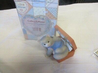 Enesco Calico Kittens A Hug-A-Day Packs Your Troubles Away Figure NIB
