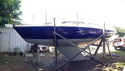 30' Yacht fully refurbished sailing boat