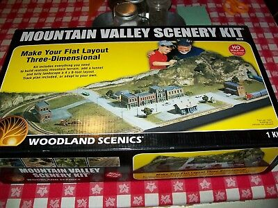 Woodland Scenics Mountain Valley Scenery Kit HO Scale S928