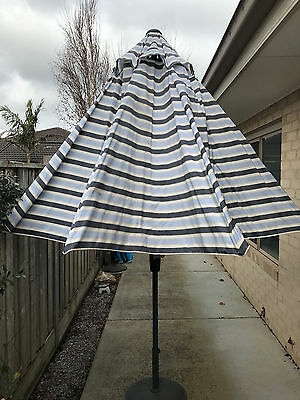 Outdoor Umbrella With Stand
