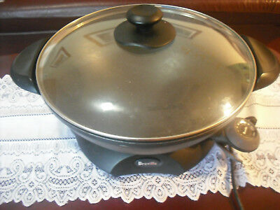 WOK LARGE ,BREVILLE .38 CM .HUGE FAMILY SIZE ,REMOVABLE BASE for easy cleaning