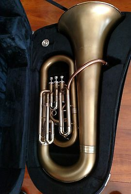 3/4 E Flat Accord Tuba, Very Good Condition Only  a Couple of years Old / Case
