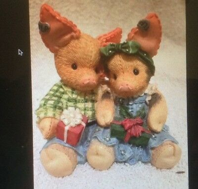 This Little Piggy Merry Kisses and Hogs Christmas Holiday Figurine Enesco 145858