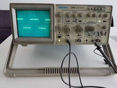 Tektronix Oszilloskope Type: 2210 / Digital Scope