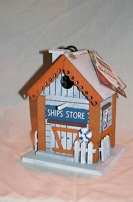 Wholesale stock job lot Authentic wooden bird nesting house in 3 designs x6