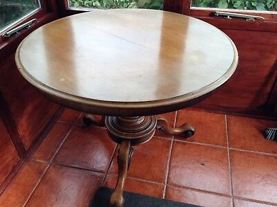 Antique Small Round Dinning Pedestal Tilt Top Table