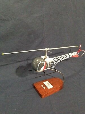 Bell 47G, Red in color