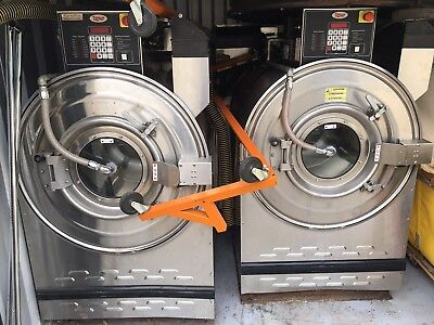 Unimac 60Lb  Commercial Washer