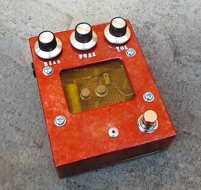 Germanium Fuzz Face Type Fuzz.