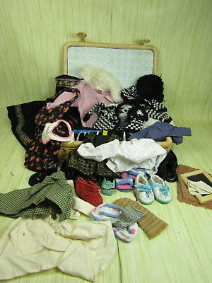 American Girl Doll Clothing Lot in Wicker Case w. Magnet Clips Shoes Shirts