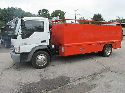 2006 international cf 600 diesel auto 16 ft utility with liftgate toolboxes