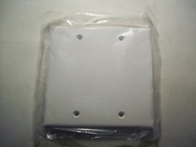 Blank Plastic Face Plate Cover Wall Plate, 2 Gang, 4 Free Screws White, Lot of 7