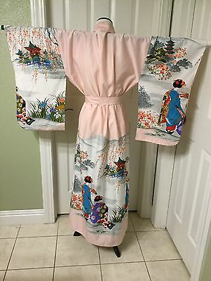 Vintage Women's Kimono Made in Japan Beautiful Soft Pink Scenic One Size EUC!