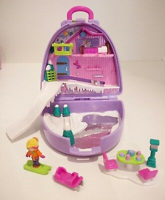 Vintage Polly Pocket Snow Mountain compact,  Polly can ski down the slope!