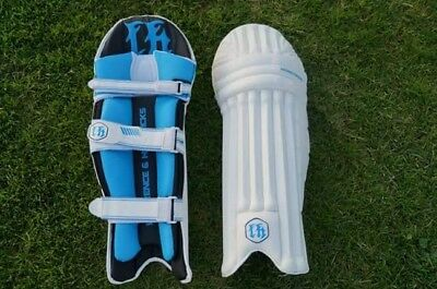 Lawrence & Hendricks cricket mens batting pads Right Hand