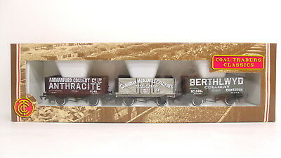 Bachmann Branch Line 1:76 OO Scale Coal Traders Classics Wagon Wales 33-025 NEW