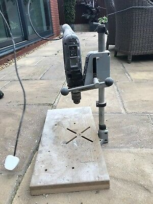 FULLY WORKING Black and Decker PILLAR DRILL  complete with drill 46cm