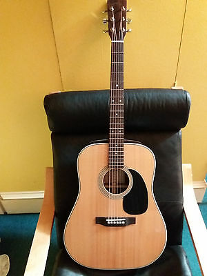 Sigma DR - 28  Classic Acoustic Guitar . Dreadnought back and sides Rosewood