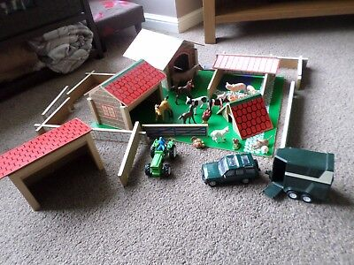 Elc Wooden Farm With Animals Free Uk Post