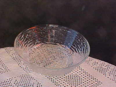 """Soreno Clear 6"""" Glass Bowl by Anchor Hocking 1-3/4"""" tall Good Condition"""