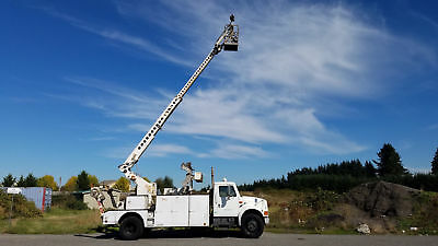 1992 International with Telsta T40C Bucket Truck Cable Placer Reel Carrier