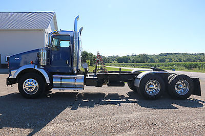 2013 Kenworth T800 Day Cab 455HP 10 Speed