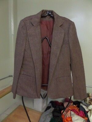 Vintage Estate Women's Allen Bernard LTD 100% Wool Burgundy blazer sz Small