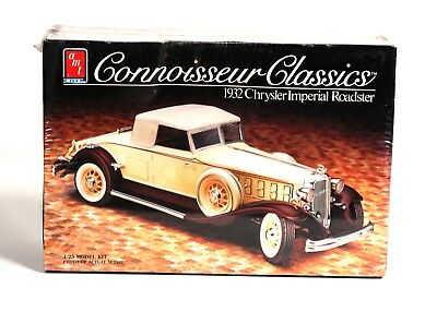 AMT ERTL 1932 Chrysler Imperial Roadster Kit 1:25  (1986)