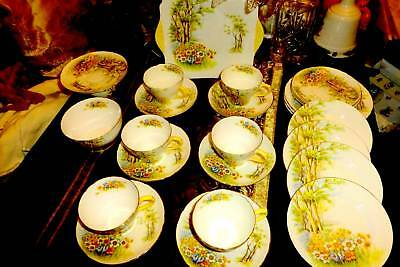 Beautiful Shelley China Daffodil Time set