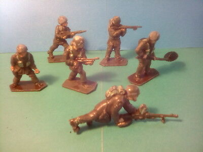 LONE STAR PARATROOPERS , SET OF 6 . TOY SOLDIERS . c1960's . lot.sat1*U.K..ONLY.