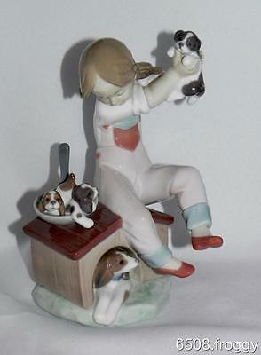 LLADRO Gorgeous  - *PICK OF THE LITTER* #7621 - Retired -  Excellent!