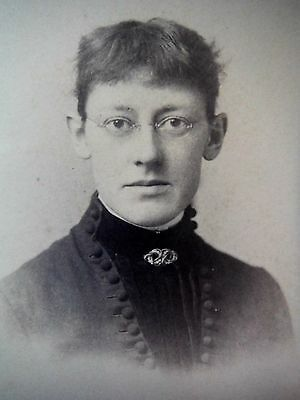 Cabinet Card / B R Lyons / Montrose PA / Woman with glasses