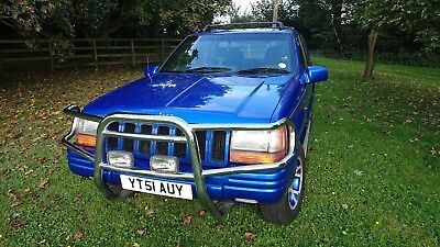 Jeep Grand Cherokee 4x4 2001 4.0L LPG. Very economical. NO RESERVE!
