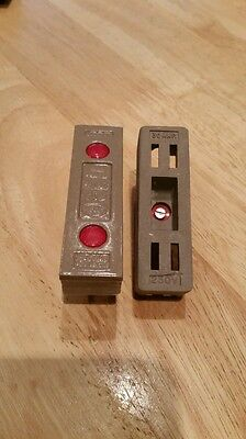 Ceramic mem 30 amp fuse carrier & holder (rewirable)