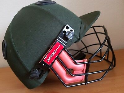 Gray Nicolls Atomic Cricket Helmet - Junior