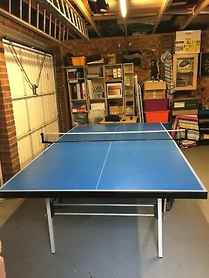 Butterfly Deluxe Outdoor Rollaway Table Tennis Table - Blue