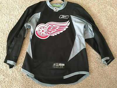 pro stock detroit red wings hockey practice jersey black 52