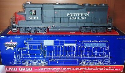 G Gauge USA Trains Ref R22453 EMD GP30 Southern Pacific #5010 Grey/Red Boxed