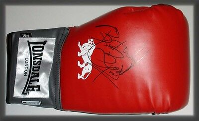 Herol 'bomber' Graham Autograph Personally Hand Signed Boxing Glove
